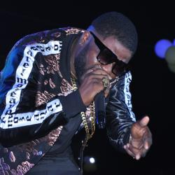 Nigerian Skales thrills revellers at Ciroc Pool Party
